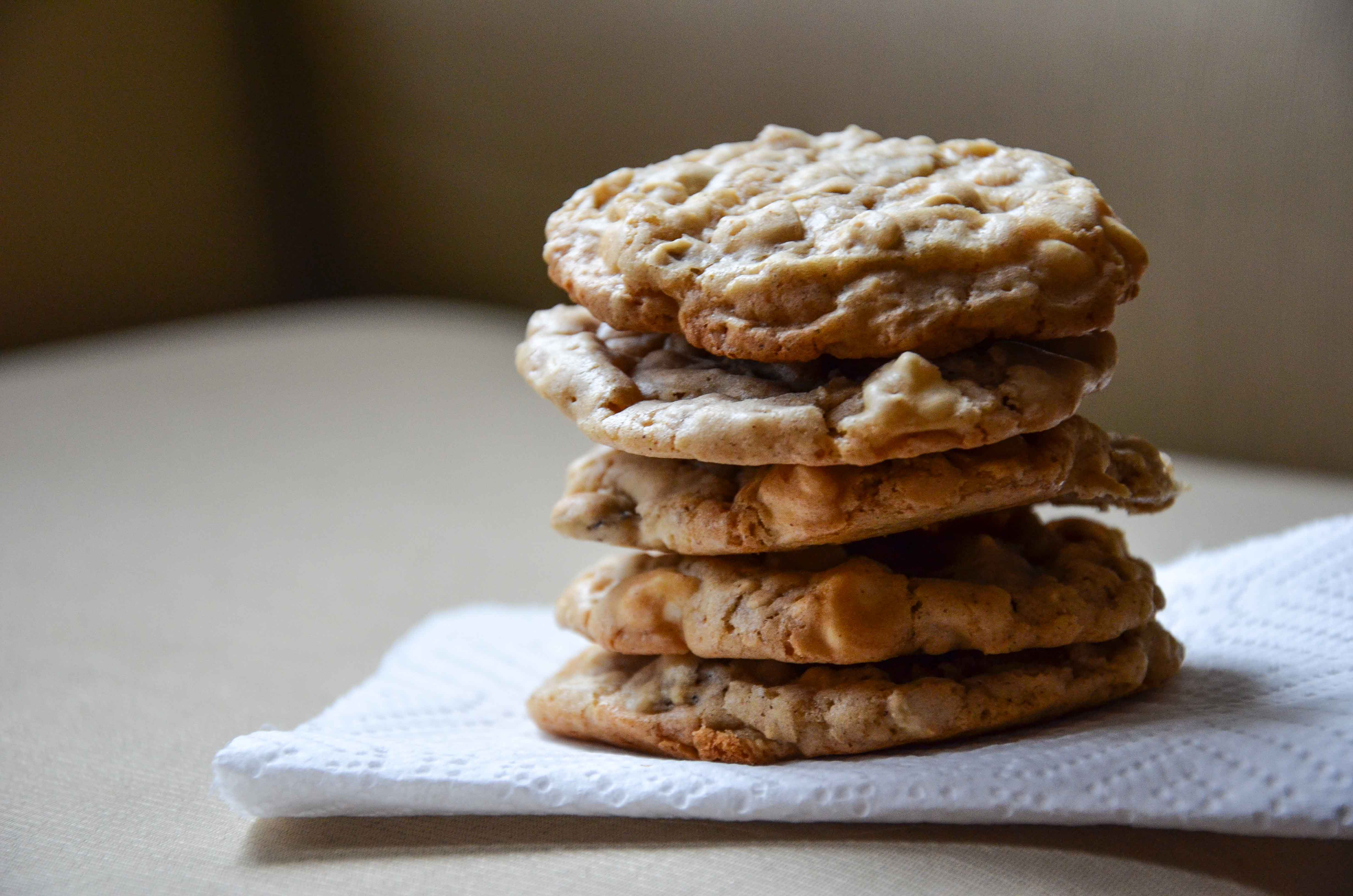 Maple, White Chocolate And Cherry Oatmeal Cookies Recipe ...